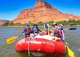 Moab River Rafting Butte Family