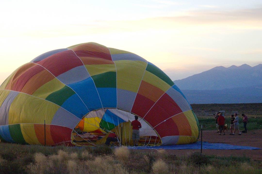 Moab Hot Air Balloon Rides Filling