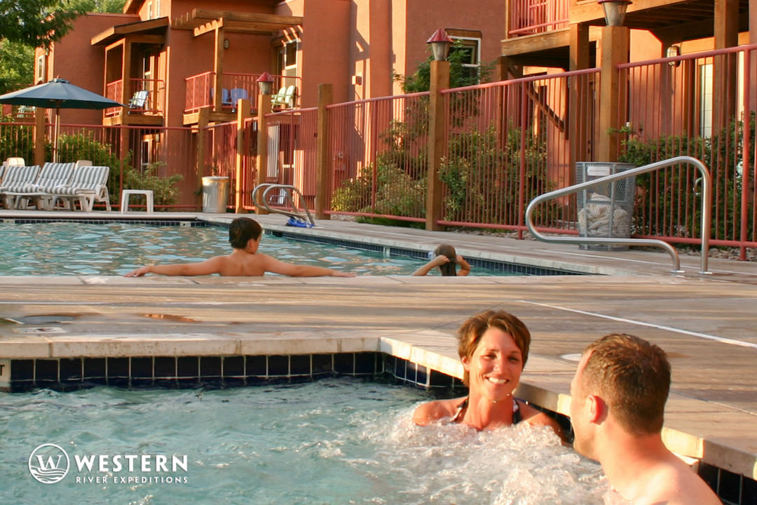 Southwest Vacation Package Gonzo Jacuzzi