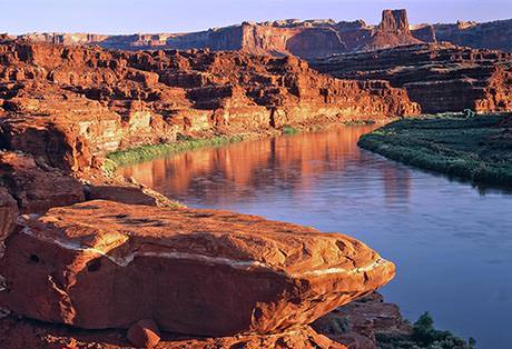 Visiting Canyonlands from the River